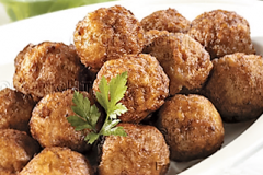 keftedes (meatballs)