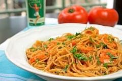 garidomakaronada (shrimp-spaghetti & herbs)