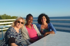 Actresses: Lindsey Coulson, Charlene Collins, Shirin Youssefian